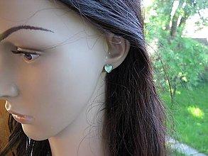 Náušnice - Srdiečka mini napichovačky - akrylové (svetlo zelené č. 3399) - 13426889_