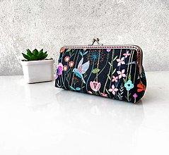 Peňaženky - Peňaženka XL s vreckom na zips Nočná lúka - 13428129_