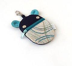 Kľúčenky - Kapsička na slúchadlá Zvieratko vyšívané tmavomodré - 13429571_