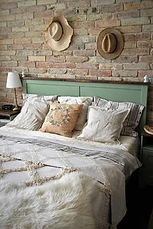 Úžitkový textil - Bavlnený poťah s ručne maľovaným venčekom - 13430044_