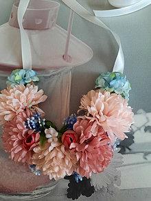 Náhrdelníky - Náhrdelník z kvetov - 13433363_