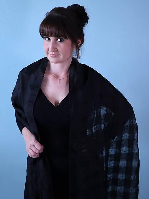 Ľanový ľahký šál čierny