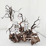 Dekorácie - Dekorácia s vintage domčekmi ,, Sleepy Hollow,, - 13434151_