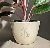 Nádoby - keramický kvetináč list #1 - 13434114_