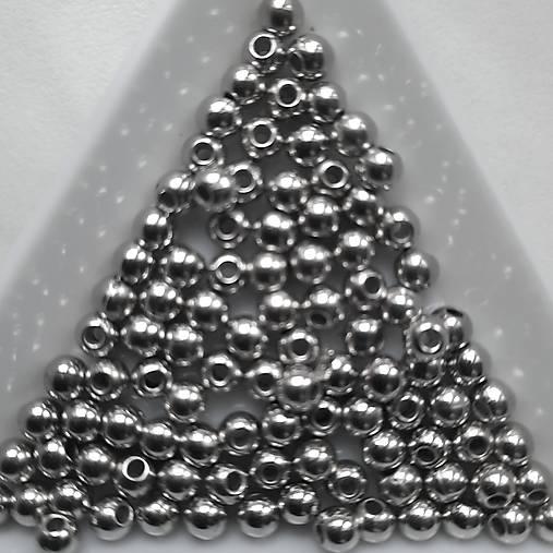 Plast 4mm-strieb.tmavá-100ks