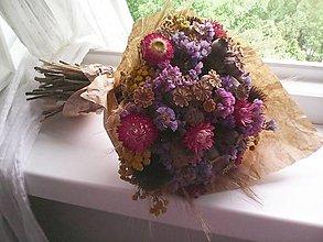 Dekorácie - Prírodná kytica zo sušených kvietkov ... s makovičkami ... - 13439568_