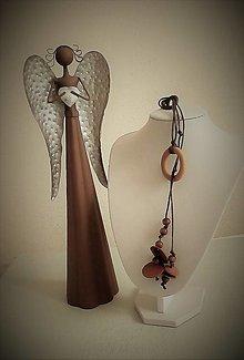 Náhrdelníky - Náhrdelník prevlečený (Náhrdelník s dreveným kolečkom) - 13439694_