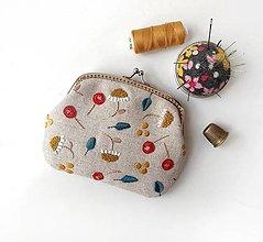 Peňaženky - Peňaženka XL Štylizované margaréty (s kapsičkami) - 13441013_