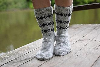 Obuv - pánske šedé ponožky s nórskym vzorom ( v.43-44) - 13441343_