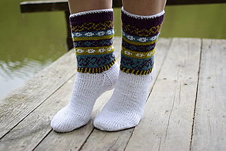 Obuv - biele ponožky s farebným nórskym vzorom ( v. 38-39) - 13441450_