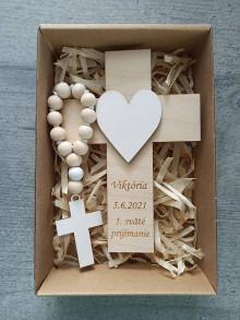 Dekorácie - Darček na prvé sväté prijímanie, Set krížik a ruženec na prvé sväté prijímanie - 13443251_