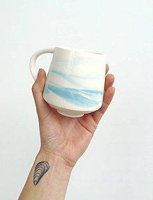Nádoby - Porcelánový hrnček - 13445706_