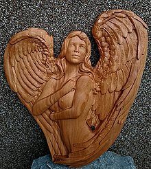 Dekorácie - Drevorezba Anjel Žena - 13448342_