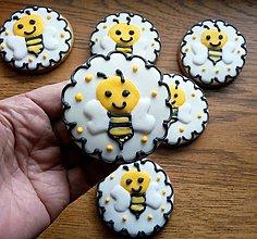 Dekorácie - Medovníčky - včielka - 13449053_