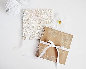 Papiernictvo - Svadobná kniha hostí - veľké kvety 20x20 - 13452272_