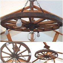 Svietidlá a sviečky - Luster .. drevene koleso 70cm na reťazi - 13452536_