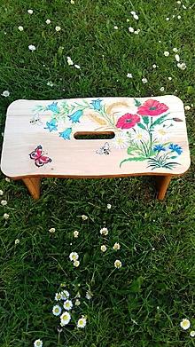 Nábytok - Drevený stolček, šamlík - 13457375_