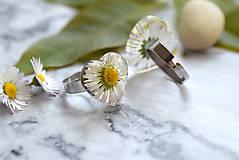 Prstene - Prsteň Sedmokráska srdce 3058 B CHO - 13457989_