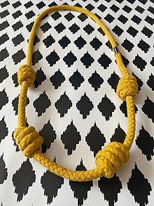 Náhrdelníky - Hořčicový náhrdelník - 13462411_