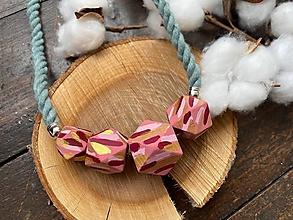 Náhrdelníky - Malované korálky na šedozeleném laně - 13462463_