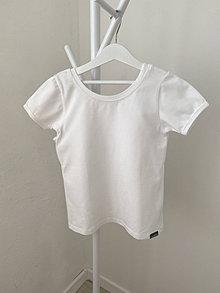 Detské oblečenie - Tričko biele výstrihom vzadu - 13462894_