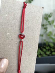 Náramky - Náramok s červeným srdiečkom swarovski (Červená) - 13463216_
