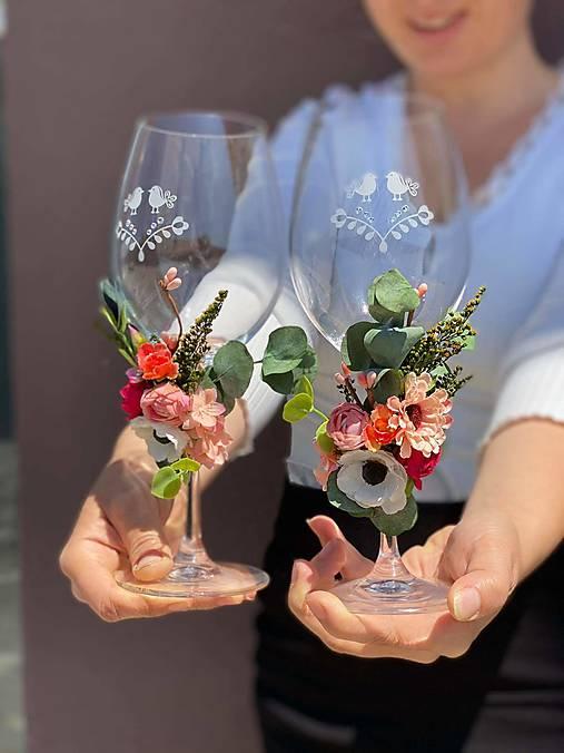 Kvetinová ozdoba na svadobné poháre - na mieru k vybranému produktu/setu