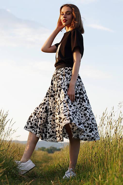 Bavlnená sukňa kvet