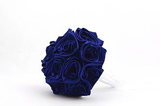 Kytice pre nevestu - Saténová kytica svadobná námornícka modrá ruže - 13467553_