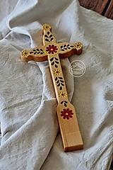 Dekorácie - Kríž drevený – farebný kvet lístky II. - 13470178_