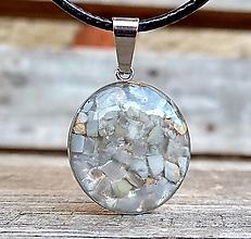 Náhrdelníky - Kruhový prívesok (CHO) mesačný kameň - 13470706_