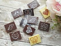 Darčeky pre svadobčanov - Mini svadobné čokoládky  (Mix čokoládiek (MLIEČNA/HORKÁ/BIELA)) - 13469903_