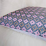 Úžitkový textil - Oma vankúš - ručne vyšívaný - 13470319_