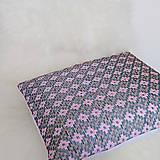 Úžitkový textil - Oma vankúš - ručne vyšívaný - 13470321_