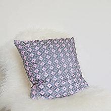 Úžitkový textil - Oma vankúš - ručne vyšívaný - 13470320_