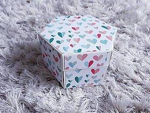 Krabičky - Hexagonálny box na fotky (Láska v krabičke) - 13473231_