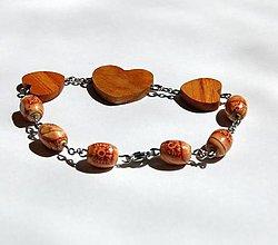 Náramky - Náramok z dreva - 3 srdiečka - 13473151_