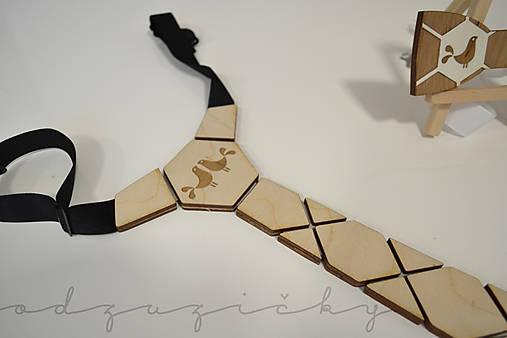 Drevená kravata folk holúbky od Dorky