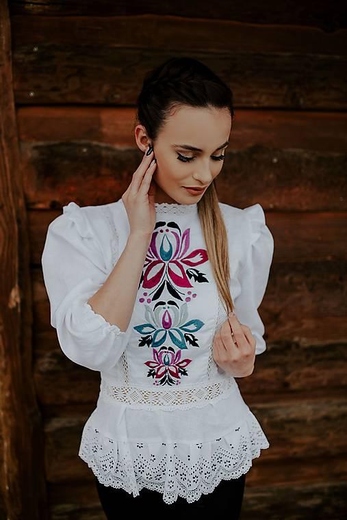 vyšívaná košeľa Zámutovské kvety
