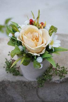 Dekorácie - Malý aranžmán s ružou - 13478130_