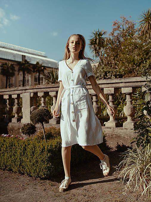 Šaty - Mušelínové šaty biele - 13476738_