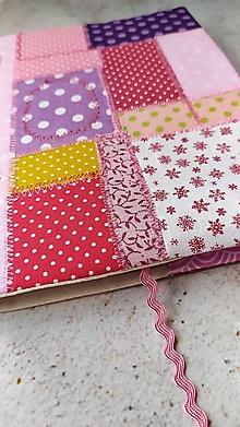 Papiernictvo - Ružový patchworkový  obal na knihu - 13480473_