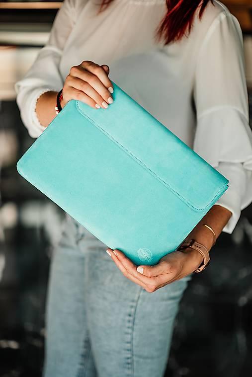 Na notebook - Puzdro na notebook z brúsenej kože Spring tyrkysové  - 13482303_