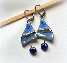 Náušnice - Keramické náušnice - modré s platinou - 13483721_