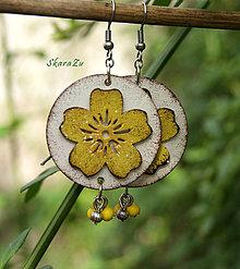 Náušnice - Kvetinky v žltej - 13483954_