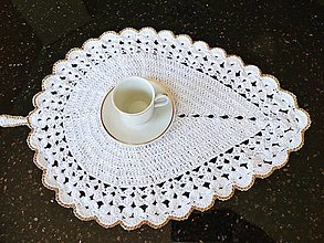 Úžitkový textil - prestieranie: List v elegantnom šate :) - 13485302_