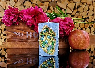 Svietidlá a sviečky - Sviečka romantická, modrá s kvetinkami - 13486109_