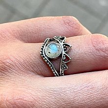Prstene - Antique Silver Light Blue Labradorite Ring / Vintage prsteň s labradoritom - 13490460_