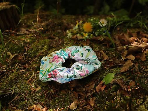 Scrunchies gumička rozkvitnutá záhrada