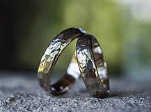 Prstene - Obrúčky životom tepané /polguľaté zo zlata/ - 13493311_